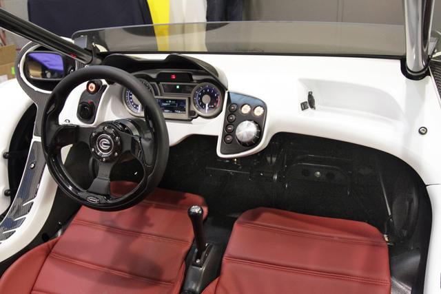 T Rex 16s Offers Three Wheeled Thrills Automotive Training Centre