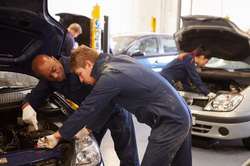 The 20 Best Auto Mechanic Schools | TheBestSchools.org