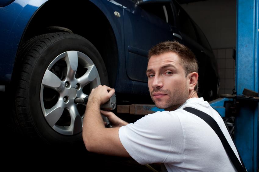 Auto mechanic career