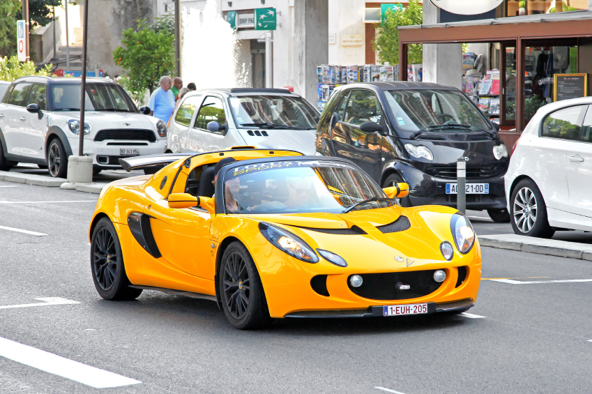 The previous generation Lotus Elise will be replaced by the Elise Sport in 2016.