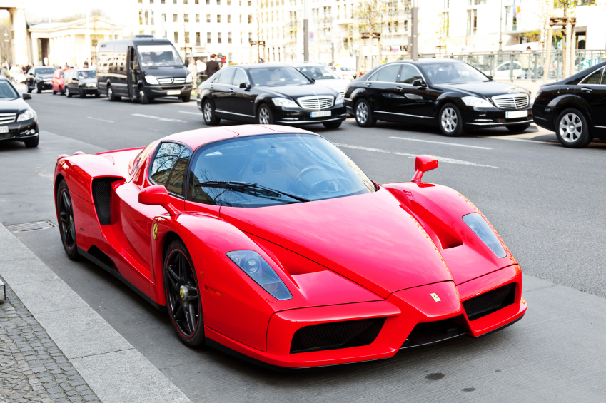 The ISD-Rubika combined F1 and supercar styling, in a similar manner to the Ferrari Enzo.