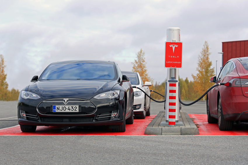 ZEV Alliance members, such as California, are working to build more ZEV charging stations.
