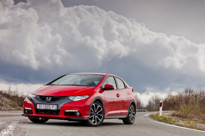 The FWD system in the Honda Civic makes it more reliable in wet weather.