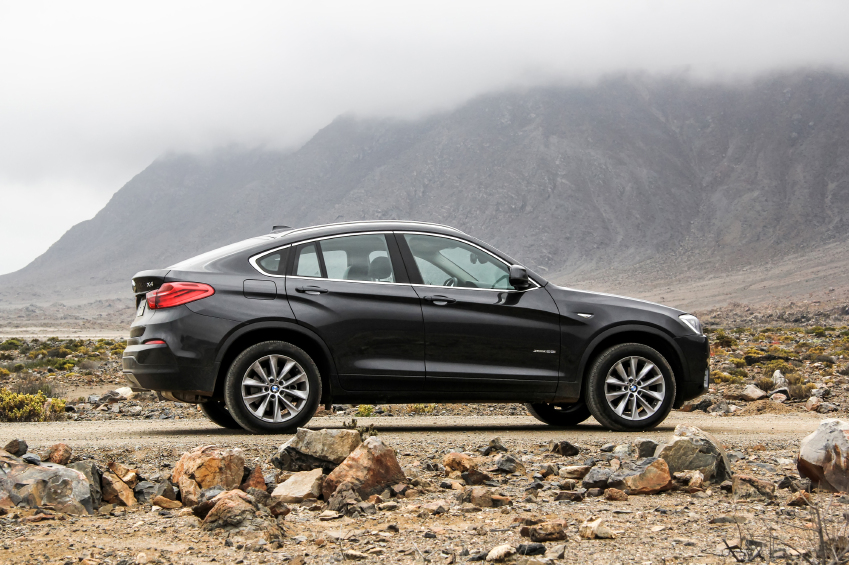 All BMW X models use AWD drivetrains for maximum capabilities on all types of surfaces.