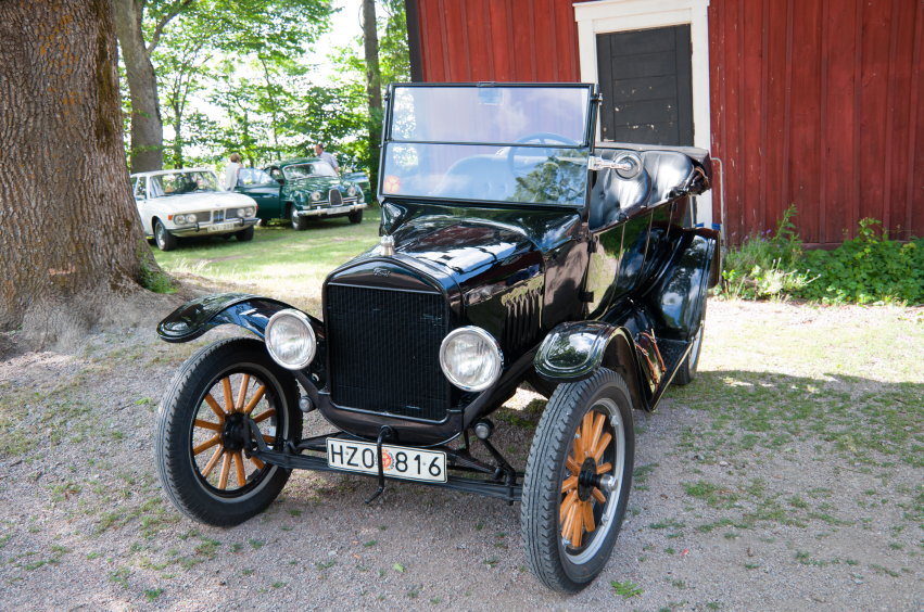 Early cars like the Ford Model T used a body-on-frame design