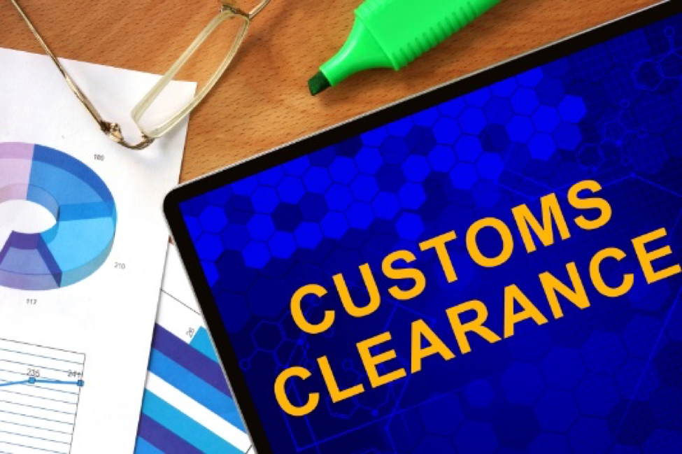 Customs brokers can notify the border of incoming deliveries and ensure that all documents are in order