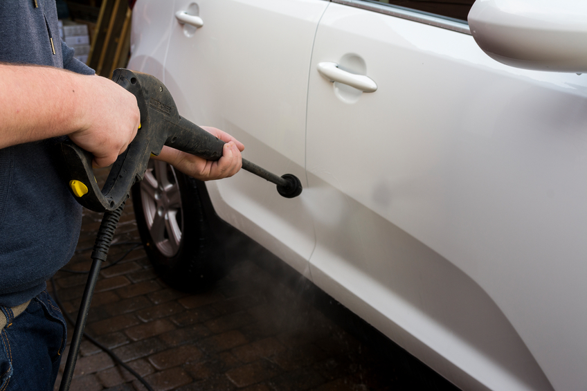 Professional automotive detailing, how to choose the right pressure washer