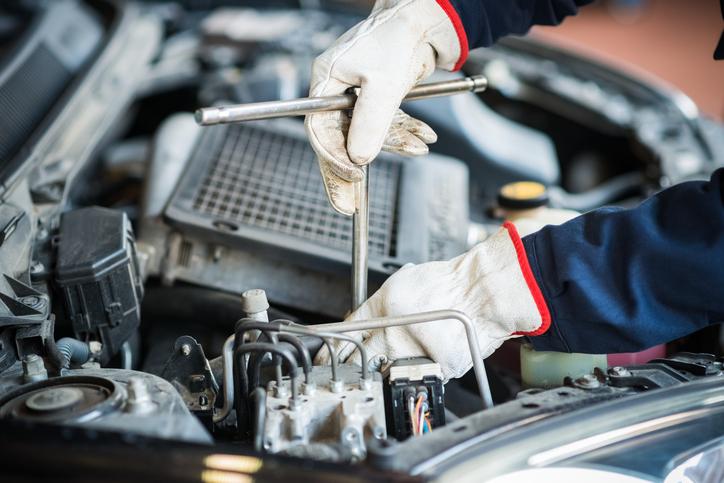 auto mechanic certification in Toronto