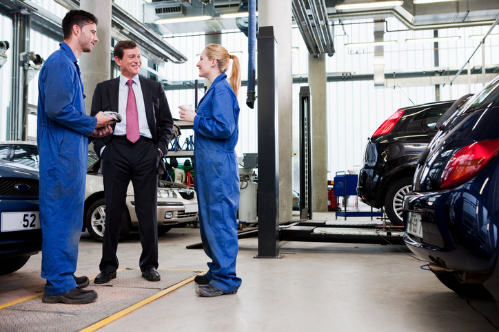 Managers With Careers in the Auto Industry Have an Eye for Detail