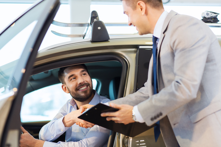 Pros with Automotive Sales Careers Know Customers