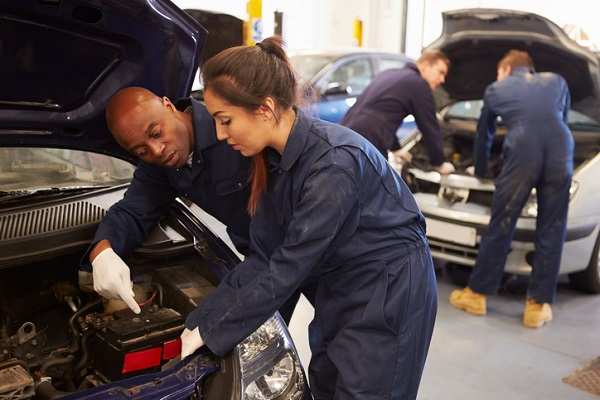 Train the next generation of mechanics as an instructor