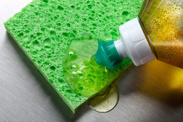 Dish soaps help detailers remove grease stains