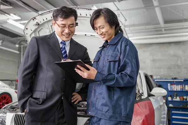 Good communication skills are valued among service advisors
