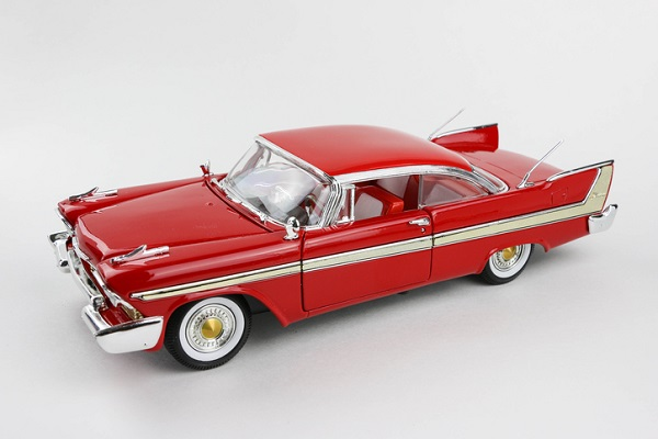 The 1958 model made few changes from earlier Plymouths