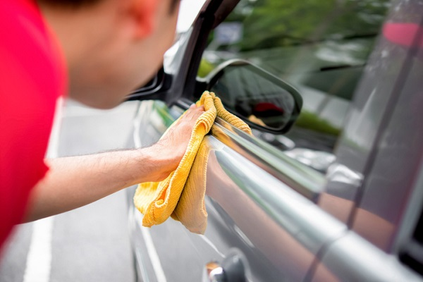 Interested in an auto detailing career? Then be sure to stock up on a lot of microfibre cloths!