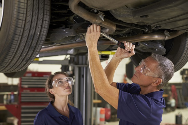 Auto mechanics know to expect durability from Toyota cars