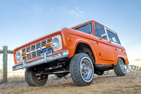 The hybrid is likely to incorporate classic Bronco elements, like a rectangular grille and round headlights