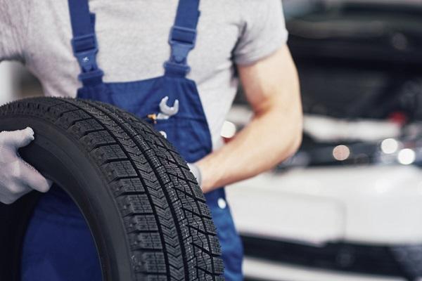 automotive service technician school