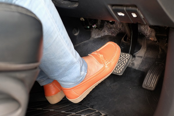 An unresponsive brake pedal is a good sign of a bad brake booster