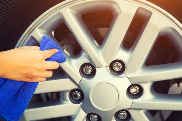 Car wheels can be cleaned during exterior detailing