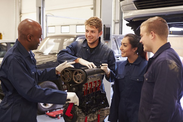 Projections show now is a good time to start your automotive technician training