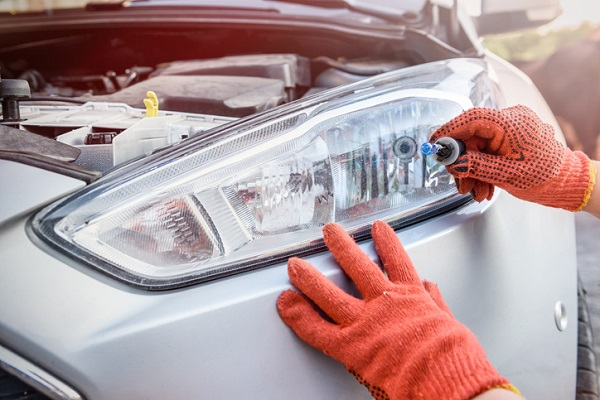 Replacing the bulb is something that should only be done by a professional